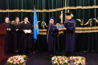 Honorary Degree Conferred on FIT President
